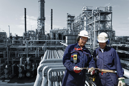 technical-oil-and-gas-workers